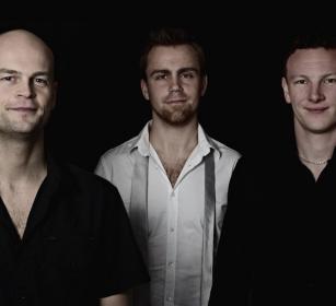 Play Trio